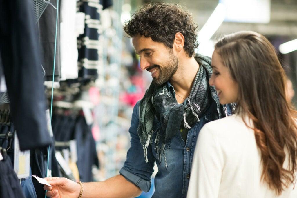 Korkea, erittäin nopeatempoinen ja jännittynyt musiikki voi saada meidät ilmaisemaan enemmän impulsiivisuutta ostosten suhteen