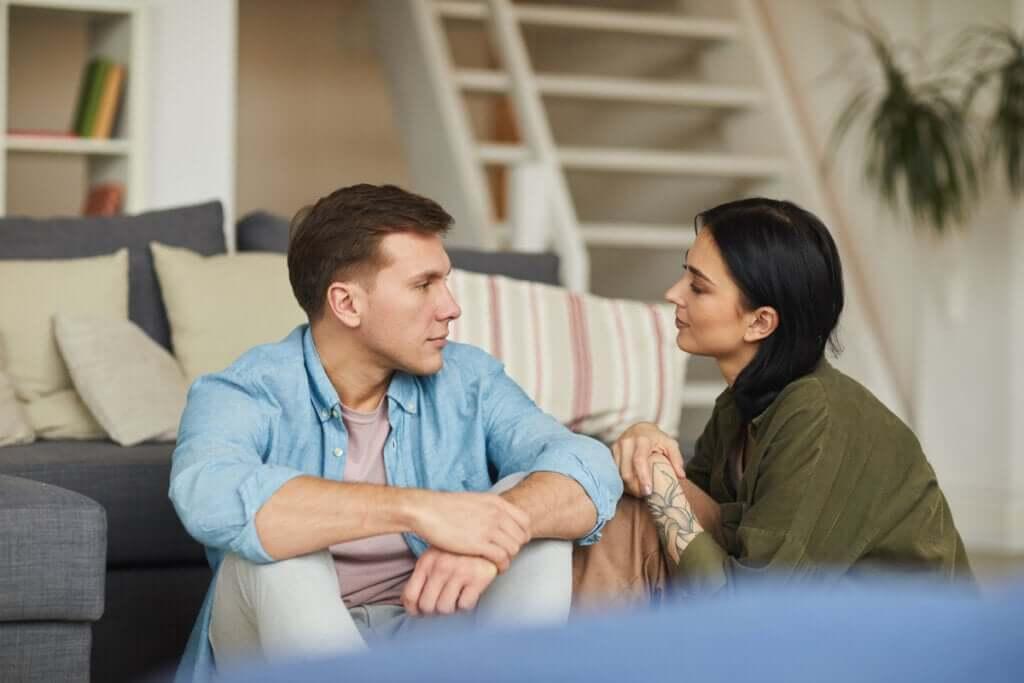 3 kysymystä, jotka kannattaa kysyä ennen yhteen muuttamista