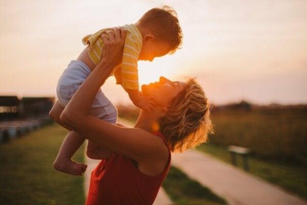 Kymmenen hyödyllistä vinkkiä olla hyvä äiti