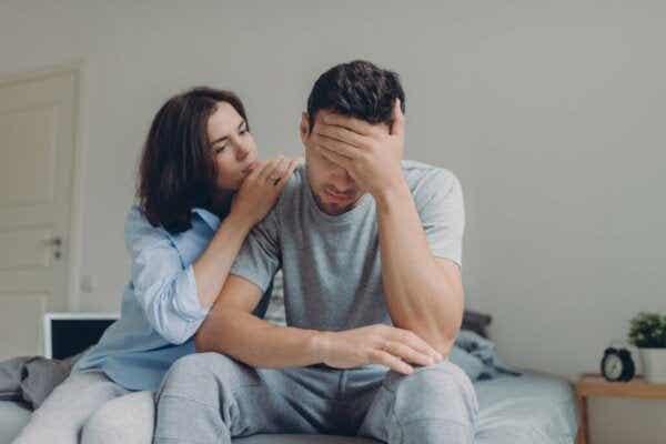 Viisi tapaa, miten lapsuuden trauma vaikuttaa parisuhteeseen