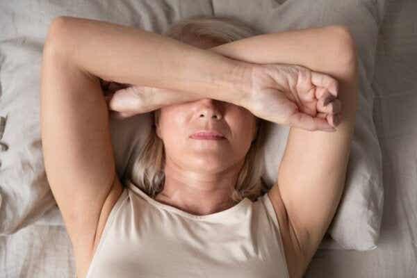 Kroonisen kivun aiheuttama unettomuus: apua ja neuvoja