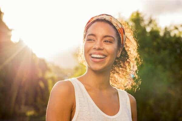 Ihmiset, joilla on korkea itsetunto: seitsemän psykologista ominaisuutta