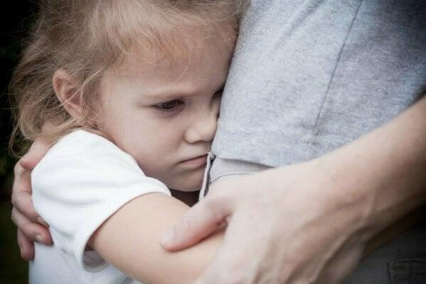 Hemmotellut lapset: persoonallisuuspiirteet ja rajojen asettaminen
